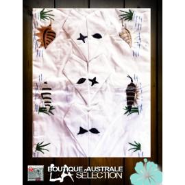 Broderies Madagascar motif marin et coquillages: 1er choix.