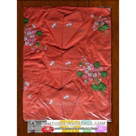 Les broderies 1er choix : broderies recto et verso  nappe rouge pale et fleurs roses